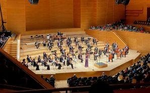 Excel·lent Viktoria Mullova interpretant Sibelius a L'Auditori