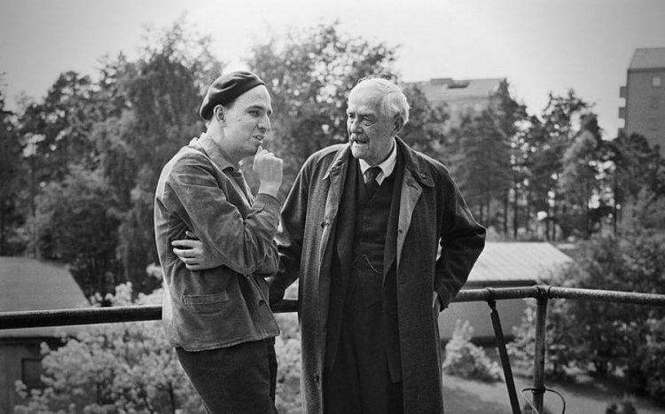Ingmar Bergman i l'actor Victor Sjöström durant el rodatge de la pel·lícula.