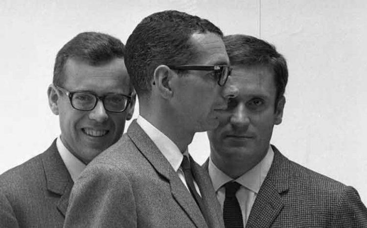 David Mackey, Josep Martorell i Oriol Bohigas, en una foto de Leopoldo Pomés inclosa en el llibre.